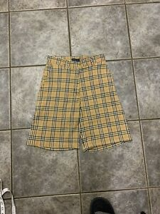 burberry nova check shorts