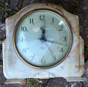 Vintage Smiths Sectric Bakelite Bedside Alarm Clock - Spares or Repair
