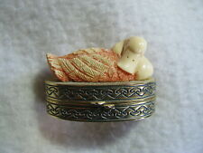 """New listing 1.75"""" Estee Lauder 1982 3-D Duck on Nest Hinged Solid Perfume Compact Youth Dew"""