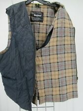 I8779 VTG Barbour Men's Plaid Lining Quilted Waistcoat Size (52/132 cm)