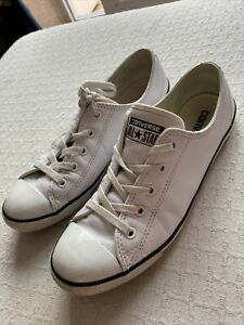 converse size 6. White Leather. Lace Up Slim Fit