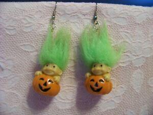 Vtg Russ TROLL Doll Dangle Wire Earrings,Pumpkin,JOL,Green Hair,Halloween Fun!