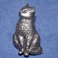 Lovely Sitting Moggie Cat Pewter Pin Brooch