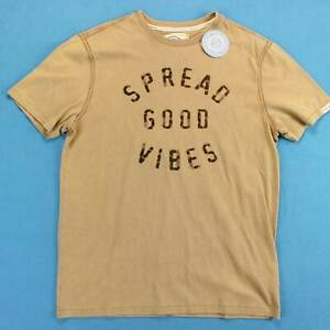 Men's LIFE IS Good T Shirt Size Medium M Spread Good Vibes Quote NWT NOS Tee