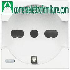 BTICINO AXOLUTE bianco presa schuko P30 bipasso universale HD4140A16