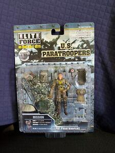 Elite Force U.S. Paratroopers Lt Lucas 1:18 Model NIB