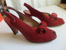 Antique 1947 - 1949 Town & Country Red Suede Pumps with Original Box Size 6