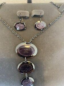 Buckingham costume jewellery - necklace and earrings set