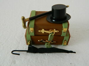 (A3.7)1/12th scale DOLLS HOUSE HANDMADE NON OPENING LEATHER LUGGAGE SET (BROWN)