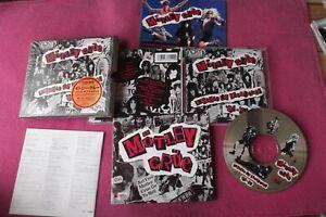 JPN 1st press - Motley Crue - Decade Of Decadence  w/ Photo Booklet _ WMC5429