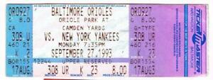 YANKEES vs ORIOLES ~ Sept 1993 Ticket ~ Ripken Streak #1893 Baines HR ~ FREE SH