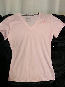 New Ladies Dri - Fit Nike Slim Fit Pink Top Medium