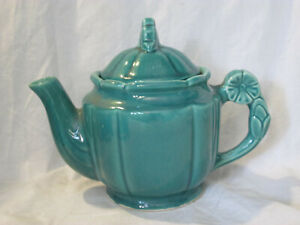 VINTAGE CERAMIC PORCELAIN GREEN TEA POT MARKED U S A