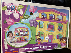 NEW!!!! Dora The Explorer Playtime Together Dora & Me Dollhouse Talking