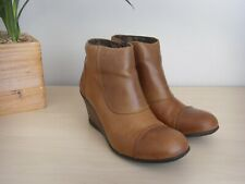 FLY LONDON TAN LEATHER WEDGE HEEL ANKLE BOOTS SIZE 6