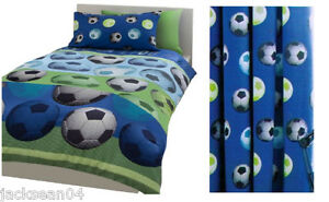 2 PCE DOUBLE FOOTBALL SOCCER BLUE DUVET COVER & CURTAINS PENCIL PLEAT LINED SET