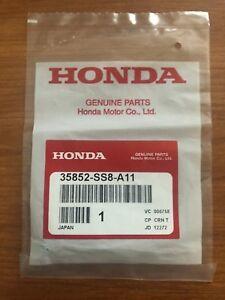 Genuine Honda Acura OEM Bulb 35852-SS8-A11