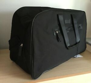 CALVIN KLEIN WEEKEND, TRAVEL, HOLD ALL, SPORT, GYM BAG Brand New