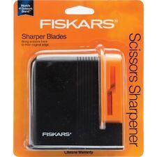 Fiskars Desktop Scissors Sharpener 98617397J