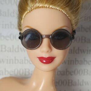 GLASSES ~MATTEL BARBIE DOLL EXTRA MODEL #8 ACCESSORY SUNGLASSES GRAY ROUND FRAME