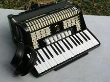 schönes schwarzes Akkordeon Hohner Verdi 2 96 Bässe
