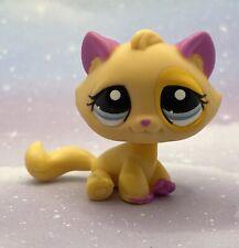 Littlest Pet Shop Authentic # 2406 Yellow Orange Pink Sitting Cat Rare European