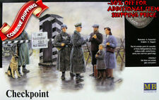 Master Box 3527 WWII German Checkpoint w/Soldiers, Civilians and Dog, kit 1/35