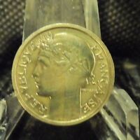 CIRCULATED 1933 50 CENTIMES FRENCH COIN (90718)1.....FREE DOMESTIC SHIPPING!!!!