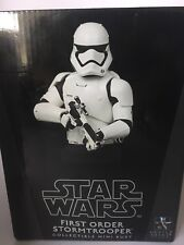 Gentle Giant STAR WARS FIRST ORDER STORMTROOPER Collectible Mini Bust #1792/3700