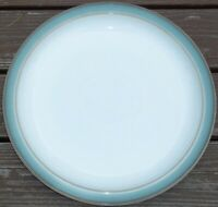 SET OF 4  DENBY REGENCY GREEN   DINNER PLATES    Excellent 10 1/4 inches across