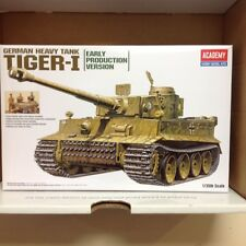 Academy - 1/35 Scale AY13264  Tiger I Early Version (ext)