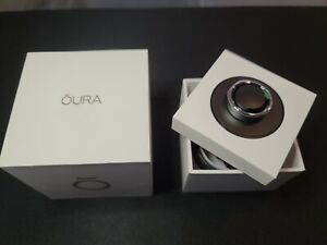Oura Ring Heritage Silver - US Size 8 - Brand New In Box