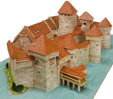 Aedes 1012. Maqueta Castillo Chateau de Chillon. Construccion de ladrillos