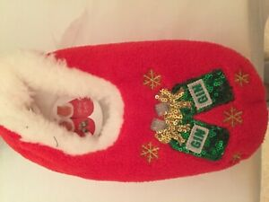 Ladies Womens Christmas Fleecy Slippers Gingle Bells  New with tags Red Medium