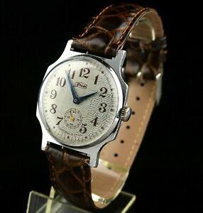 POBEDA ZIM 2602 15Jewels Vintage Soviet Mechanical Wristwatch SERVICED USSR CCCP