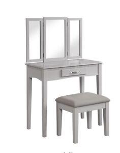 Angel Line Ellavanity Table And Stool Set W/ Tri-folding Mirror W/ Gray Cushion