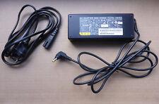 80W Fujitsu Netzteil PSU für Laptop Notebook 19V/4,22A SEE100P2-19.0 CP360065-01
