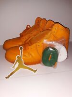 "Jordan Retro 1 High OG ""Orange Peel Gatorade"" Size Boys 6.5Y"