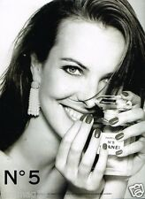 Publicité advertising 1996 Parfum N°5 Chanel avec Carole Bouquet