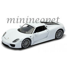 WELLY  18051 HW PORSCHE 918 SPYDER 1/18 DIECAST MODEL CAR WHITE