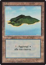 FBB Isola - Island MTG MAGIC Italian Revised Art B (Light Purple) NEAR MINT
