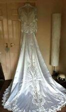 Lace Crystal/Diamante Long Sleeve Regular Wedding Dresses