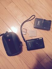 Canon PowerShot SD1400 IS / IXUS130 14.1MP Digital Camera 8GB Memory Card BUNDLE