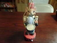 """4"""" Tall Resin Mouse Nutcracker Holding a Drum Figurine #4730"""