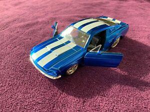 Jada Toys 1/32 1967 Mustang Shelby GT 500