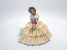Royal Doulton Figurine HN 1731 Day Dreams, Woman Sitting Holding Flowers