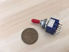 1x Sleeve RED latching 6 Pin ON/ON Toggle Switch 6A 125VAC useless box DPDT A