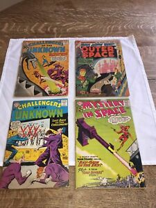 4 vintage Outer Space Challengers of the Unknown comic books 10 & 12 cents