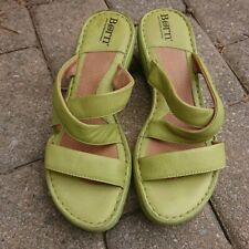 """Born Sandals Womans Green Leather Slip on 3"""" Wedge Heel 8"""