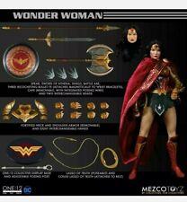 Wonder Woman Mezco One:12 Collective Action Figure